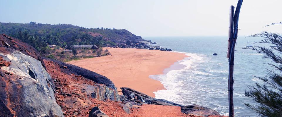 Honey Beach at Ankola  and other such beaches around the World with hillock nearby